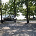 Lakeside campsites at Piney Campground